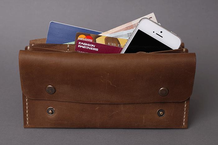 Клатч-портмоне  с iPhone